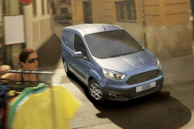 Ford показал фургон Transit Courier